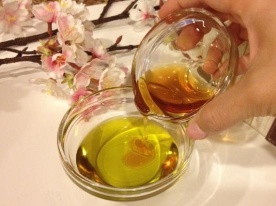 Маска с мёдом и маслом
