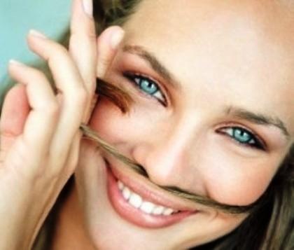 Причины роста волос на лице у женщин