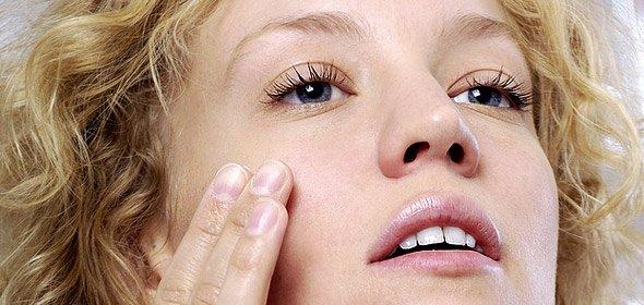 Ефективні маски для обличчя від мімічних зморшок. Суміші для різних типів шкіри. Позбавлення в домашніх умовах