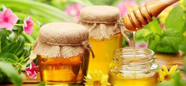 Маска для росту волосся з медом. Рецепти приготування проти випадіння, для освітлення і харчування. результати використання