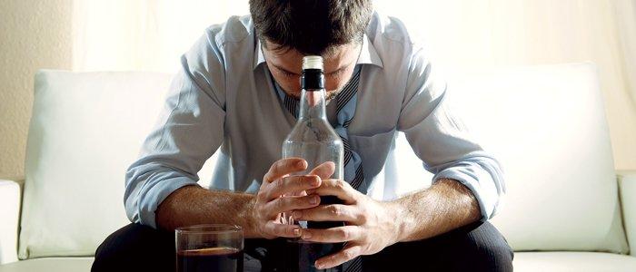 Зовнішні ознаки алкоголізму у чоловіків і жінок. Причини і діагностика алкогольної залежності