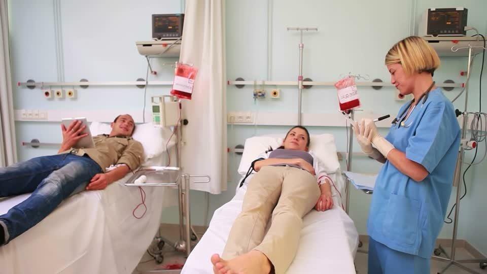 Скільки живуть з раком крові? Симптоми і причини захворювання. Різновиди онкології і методи її лікування