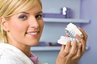 Photo of Які знімні зубні протези краще вибрати?