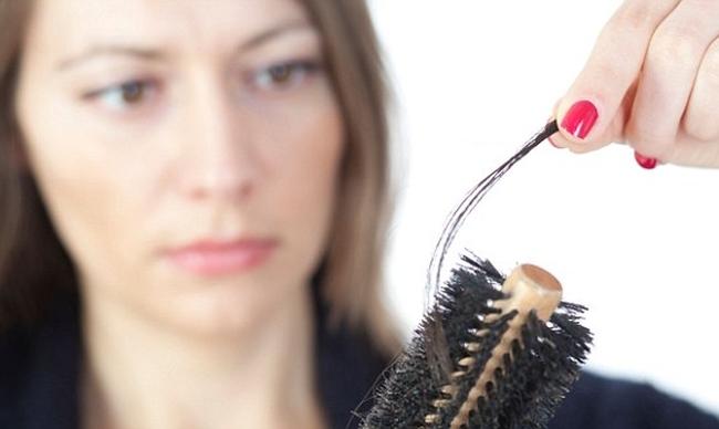 Photo of Чому стали випадати волосся після 30 років?