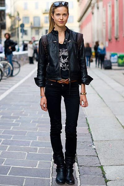 Ваш стиль повинен залишатися незмінним навіть у разі появи в гардеробі  нової шкіряної куртки  підбирайте деталі образу для отримання найбільш  доречного і ... 90729dd9a370c