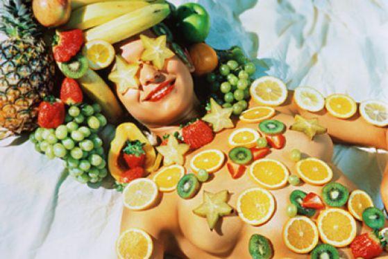Photo of Небезпечна їжа. 10 продуктів і напоїв, які псують шкіру