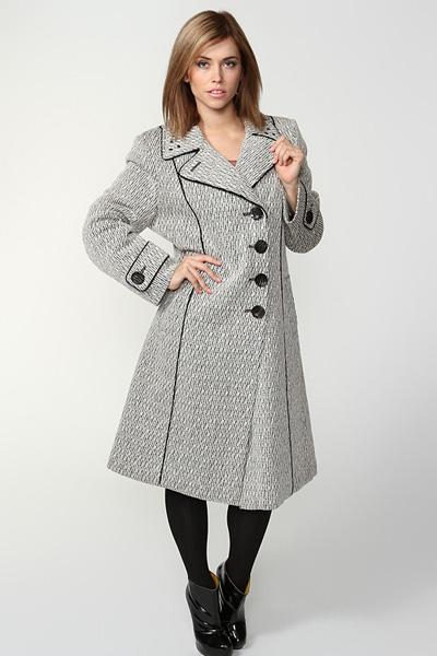Трапеція. Такий фасон був у моді в середині 20-го століття. Пальто трохи  розширюється до низу 058d4db9771bb