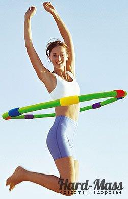 Чи допомагає обруч прибрати живіт? Вправи для схуднення