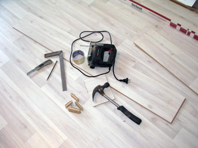 Що робити, якщо скрипить підлога