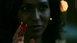 Ведьма с руками в крови