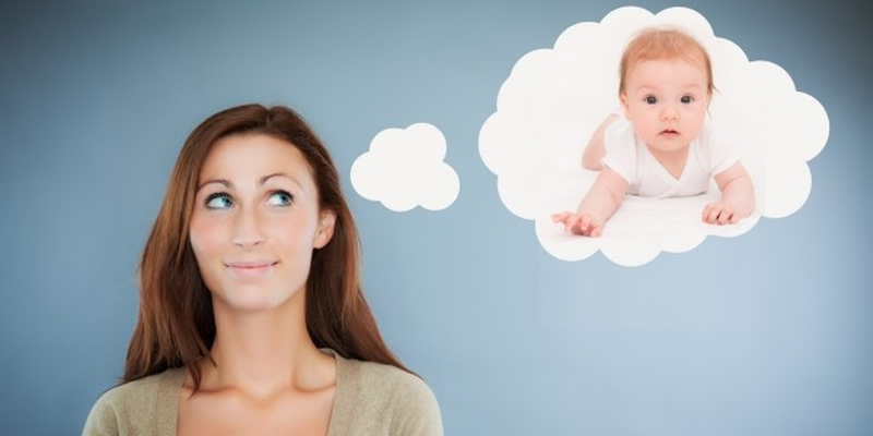 Девушка мечтает о ребенке