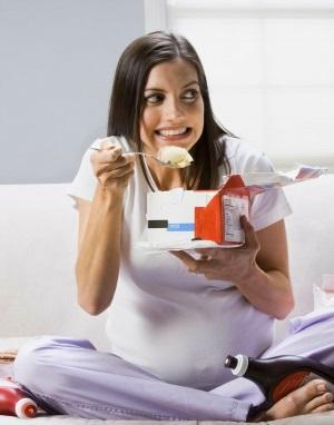 Морозиво при вагітності: корисний десерт!