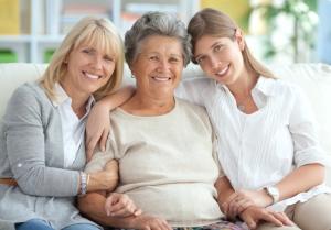 Дочь, мать и бабушка