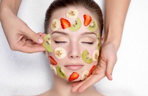 Пілінг для обличчя з фруктовими кислотами дієвий спосіб стати красивою