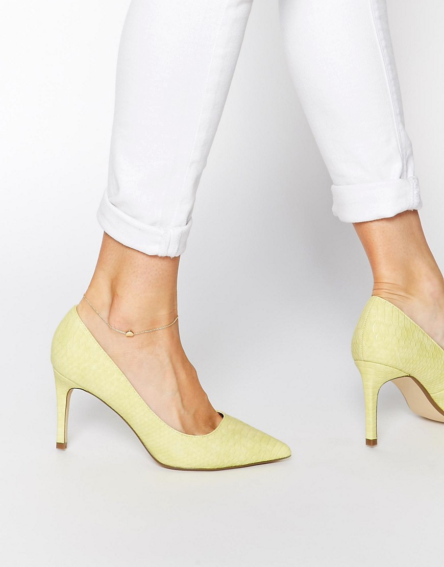 Модні жіночі туфлі. З чим носити жовті туфлі d50f89846ec31