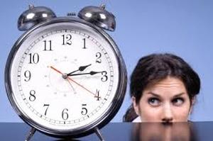 Часы и женщина