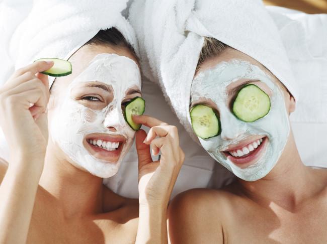 Очищаючі маски для обличчя в домашніх умовах