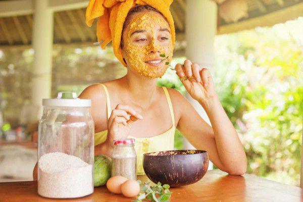 Полезнеые свойства кабачка для кожи лица, лучшие рецепты масок и отзывы пользователей.