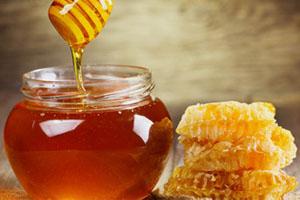 Натуральный мед в баночке
