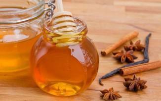 Маска с медом и корицей для лица,