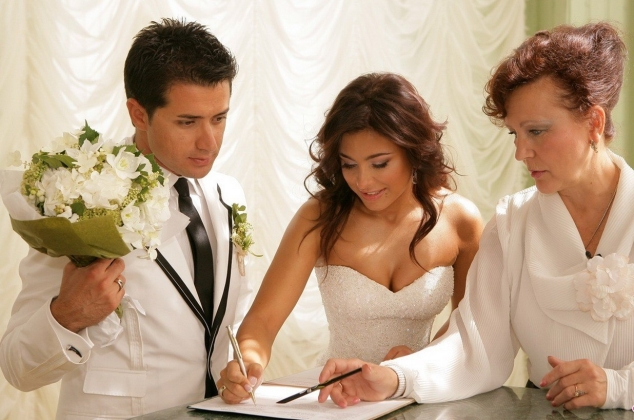 9 міфів про шлюб
