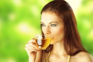 Мятный чай в небольших количествах полезен при беременности