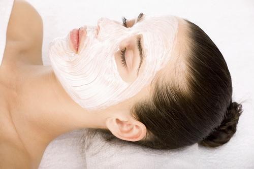 Найефективніші нічні маски для обличчя в домашніх умовах