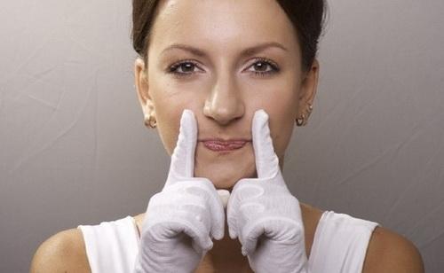 Як зменшити носогубні складки і зморшки в домашніх умовах