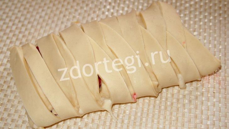 Полуфабрикат пирога-косички