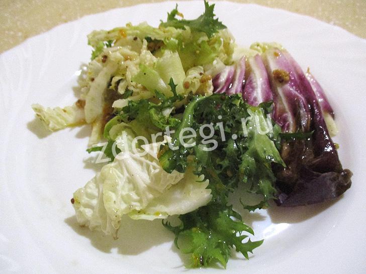 Готовый салат с фенхелем и апельсином